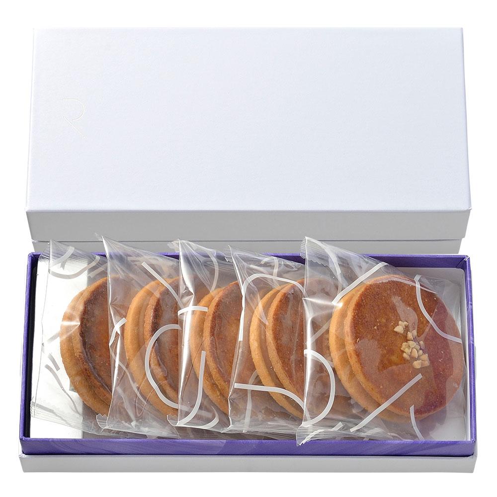 キャラメルサンドクッキー5枚入り