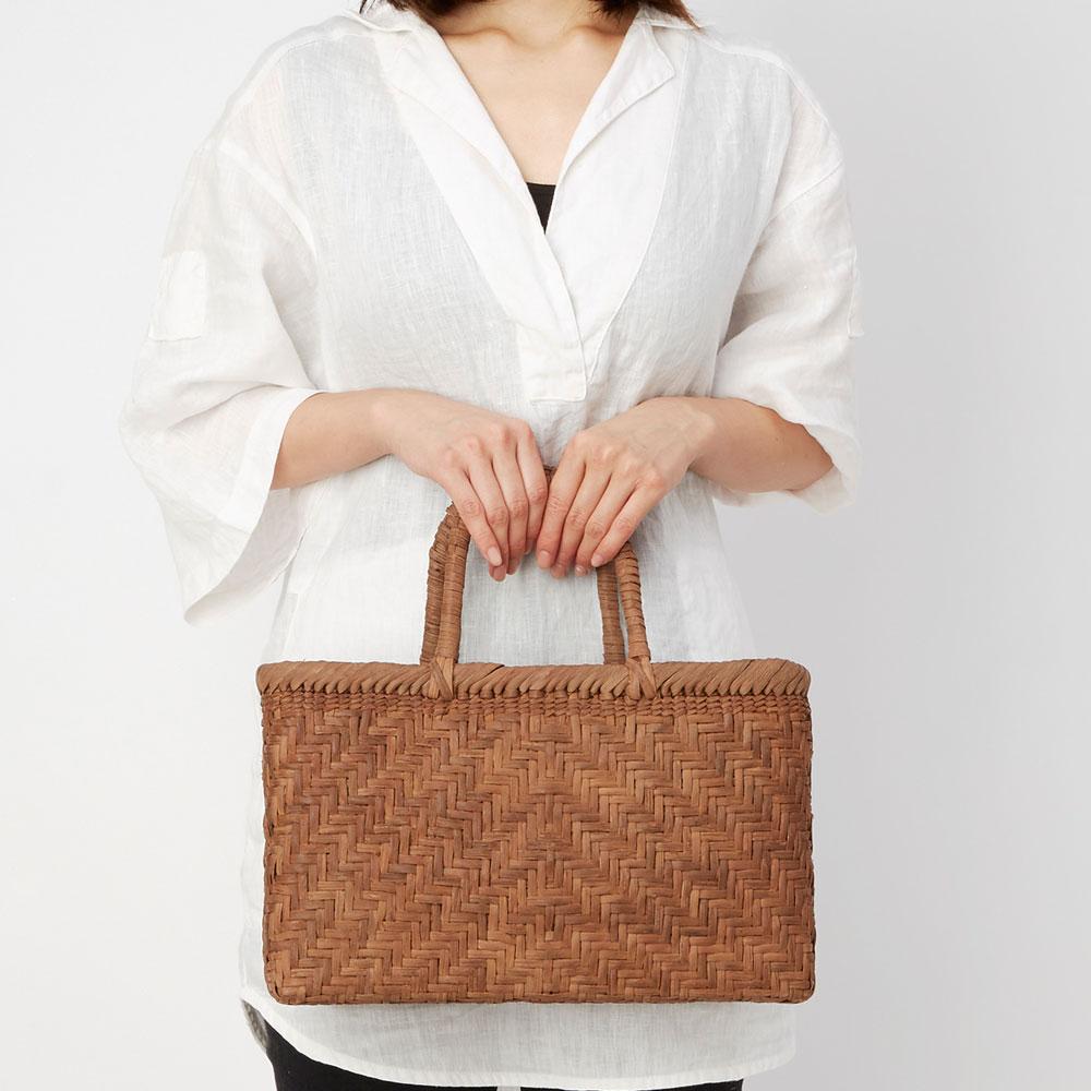 山ぶどう籠バッグ 中閉じ網代編み(平型)