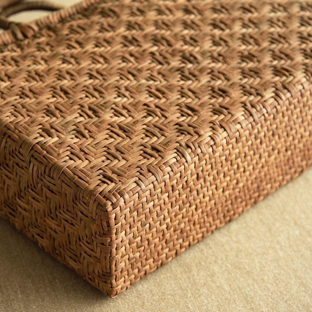 山ぶどう籠バッグ 極細亀甲編み