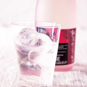 朝摘みのバラ梅酒