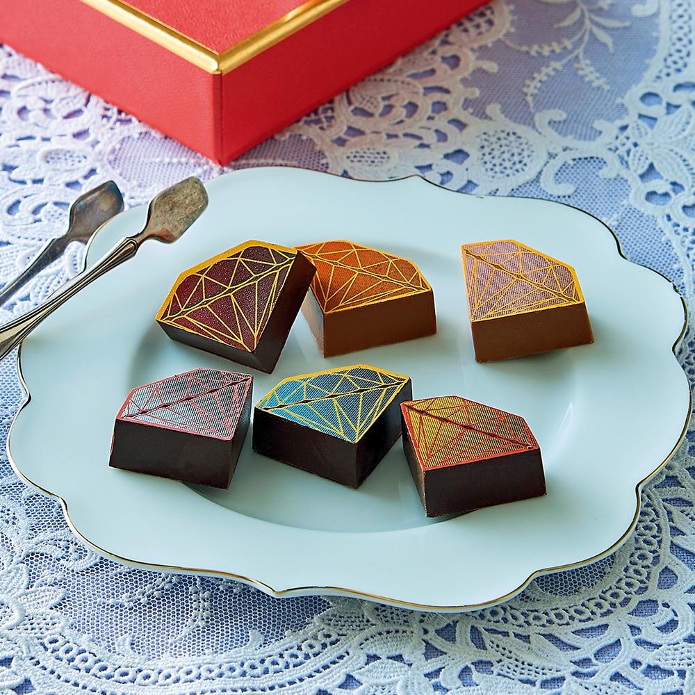 ベルギーの老舗「デルレイ」の新作ショコラ発表会をレポート!