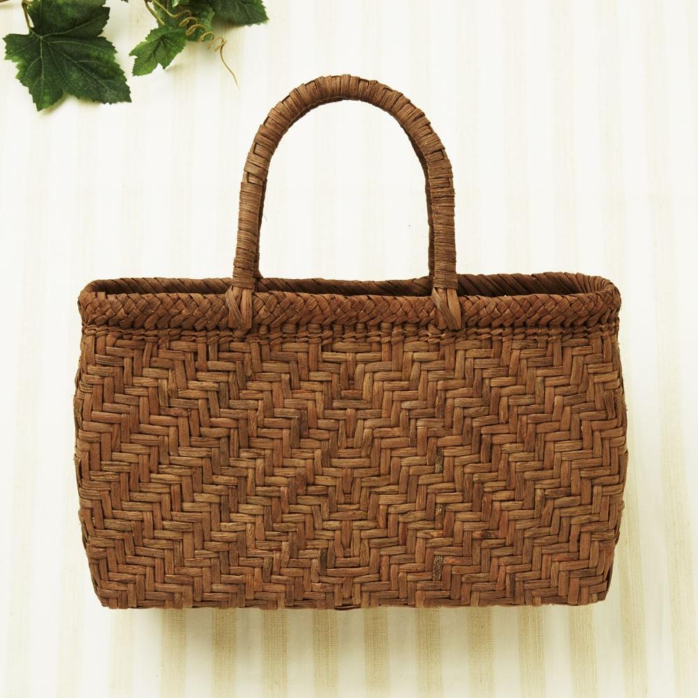 山ぶどう籠バッグ 中閉じ網代編み