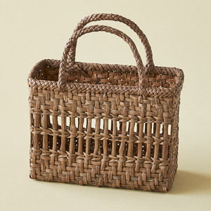 山ぶどう籠バッグ 棚編み