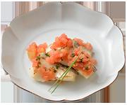 真鯛の塩麹漬け焼きトマトソース